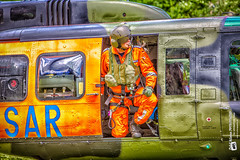 #luftrettungsmeister  #sar41 (Tubus112) Tags: nassau paramedic kteinsatzfotografie daskleinefotostudio personen rettungsdienst rettungshubschrauber menschen rth sar41 2016 hubschrauber sar belluh1d