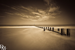 Trimingham 1 (davemoly17) Tags: davidmolyneuxphotography norfolk trimingham coast beach sea seaside groynes blue water waves summer sunny canon eos 1100d sigma wideangle