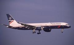G-BIKY. British Airways Boeing 757-236. (Ayronautica) Tags: ayronautica scanned airliner aviation 1989 december prestwick pik egpk b752 britishairways boeing757236 gbiky