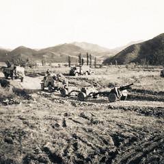 On the move! (Michael de Stacpoole) Tags: artillery koreanwar kforce newzealandhistory kayforce 163battery royalnewzealandartillery 16fieldregiment 163bty 16nzfdregt