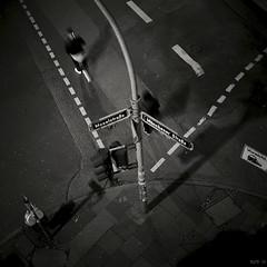 Moselstraße / Münchener Straße (ucn) Tags: street blackandwhite bw sw sl66 rodinal schwarzweiss frankfurtammain agfarodinal schwarzweis fujineopanacros fujineopanacros100 rolleiflexsl66 film:iso=400 film:brand=fuji developer:brand=agfa developer:name=agfarodinal film:name=fujineopanacros100 filmdev:recipe=9985