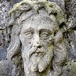 Jesus in Stein gemeißelt thumbnail