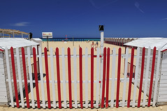 the turquoise sea (claude05) Tags: trapani lidorombo publicbath changingroom palingfence