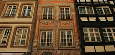 """""""Kelsch"""" (Setsukoh) Tags: faade mur wall maison house colombage halftimbered front avant mauer window fentre trois three drei trio eight 3 8 huit kelsh architecture vertical verticality strasbourg strasburg strassburg alsace elsass france frankreich grandest travel voyage journey old ancien ancient histoire history heritage patrimoine art"""