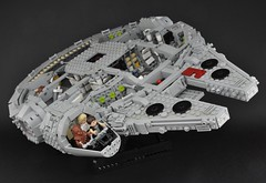 Millennium Falcon - Interior (cross-section) (Inthert) Tags: scale star mod ship cross lego interior millennium system solo falcon wars section han chewbacca 4504 moc