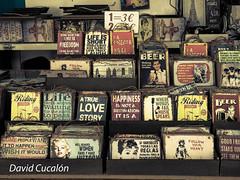 Vintage messages (David Cucaln) Tags: davidcucalon cucalon market mercado barcelona vintage retro fineart mensajes messages