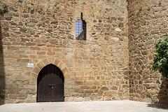 El Barco de vila, Castillo de Valdecorneja (ipomar47) Tags: elbarcodeavila barco avila espaa spain pentax k3ii arquitectura architecture castillo castle fortress valdecorneja castillodevaldecorneja ventanal ventana window puerta gate door