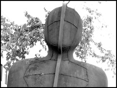 Iron : Man (2M) - 8 September 2016 (John Oram) Tags: antonygormley sculpture mono bw ironman 2002p1130748emf