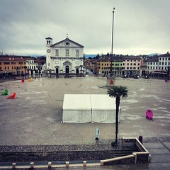 Palmanova (Cristina Birri) Tags: art primavera rain spring duomo pioggia cracking palmanova piazzagrande friuliveneziagiulia stendardo crackingart uploaded:by=instagram