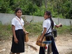 Schülerinnen in Kambodscha