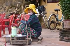 wait (jinephoto) Tags: life sell vietnam streetfood selling storekeeper asia