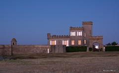 Trvignon (29) (Ronan Bzh) Tags: morning moon lune sunrise nikon sigma bretagne reflet chateau heure bleue 70200mm finistre thebluehour trvignon d7100 tregunc