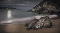 Newquay in the evening (Brad@Shaw) Tags: longexposure sea seascape canon cornwall rocky rockformation 700d canonef1635mmf4lisusm formatthitech rebelt5i kissx7i