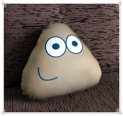 Almofada Pou - Pou Pillow (bruna.cosini) Tags: home brasil bag skull tissue pillow owl coruja patch decor caveira almofada tecido pou
