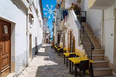 verso il mare (*magma*) Tags: street sea summer restaurant strada mare estate vicolo ristorante puglia peschici