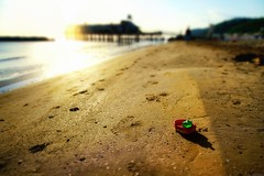 Ready to sail ;-) (Mario Ottaviani Photography) Tags: sea beach canon toy boat miniature seaside sony shore sail ready spiaggia giocattolo gabicce sonyalpha fotodiox