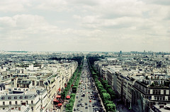 les champs lyses (lepublicnme) Tags: france paris july 2016 arcdetriomphe xpro crossprocess 03 2007 50 analog argentique expired film fujifilm velvia champselyses