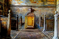 horse stable (thesettlementgroup) Tags: old stable door light