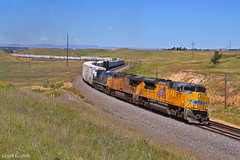 """Eastbound Manifest in Cheyenne, WY (""""Righteous"""" Grant G.) Tags: up union pacific railroad railway locomotive train trains east eastbound manifest freight cheyenne wyoming archer hill curve"""