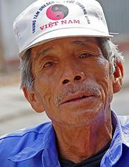 Man in Hu (Jom Manilat) Tags: cycle rickshaw driver hu vietnam viet nam man