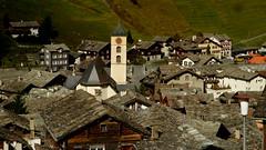 Pizarras de Vals (Miradortigre) Tags: suiza pueblo town swiss switzerland vals stone pizarra techos roof grisones graubunden