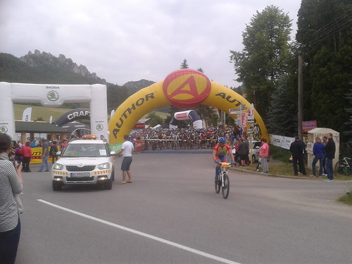 start of bike race in Súľov