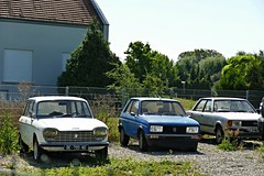 Peugeot 204 Break, Peugeot 104, Ford Taunus (vwcorrado89) Tags: peugeot 204 break 104 ford taunus rust rusty abandoned