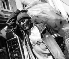 Dur labeur (cafard cosmique) Tags: maroc essaouira morocco streetphotography