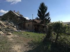 14305223_181675145600876_7998666720581532921_o (superenzo) Tags: casale terremoto