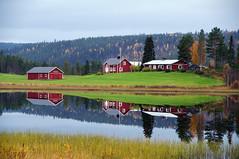 aatsinkijärvi 19092016 (Raimo Mikkonen) Tags: aatsinki salla järvi talo suomi finland