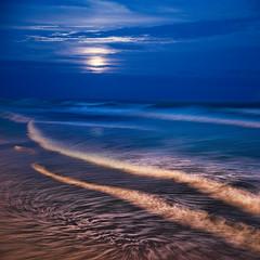 Moonrise St Clair (Ian@NZFlickr) Tags: street moon beach st night clouds lights movement waves moonrise nz otago dunedin clair