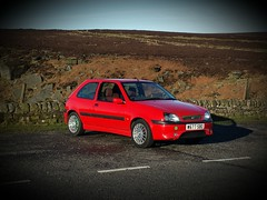 Bank holiday blast in the fiesta (gregg.p) Tags: ford broad hopevalley fiestazetecs earlymorningblast