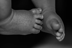(Rita Muratori-PhotosAmanda) Tags: feet foot photo nikon newborn mm chubby 90 piedi battesimo piedini d90 neonato