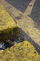Strongbow (Spannarama) Tags: uk london yellow reflections floor ground yellowline lowviewpoint