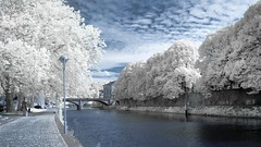 Promenade le long de la Sambre (Yasmine Hens) Tags: water river ir nikon eau europa flickr belgium ngc infrared namur fleuve hens yasmine wallonie sambre 720nm infrarouge kolari nikond90 world100f iamflickr flickrunitedaward hensyasmine