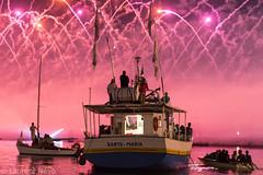 _4LN6297-Santa Maria (Brestitude) Tags: santamaria rose pink brest brest2016 fte maritime vieuxgrements old sailship port harbor brittany breizh bretagne ville town city nuit night harborlaurentnvo2016 feu artifice eau mer