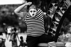 Mad Mime (elweydelasfotos) Tags: mexico mime actor life theatre makeup black white bnw blanco y negro mimo teatro byn portrait artist art street fun kids park nikon d810