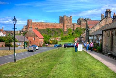 Bamburgh (Light+Shade [spcandler.zenfolio.com]) Tags: stephencandlerphotography spcandler stephencandlerphotography httpspcandlerzenfoliocom stephencandler england uk lightshade bamburgh bamburghcastle northumberland street streetscene streetview streets historical history historic geotagged