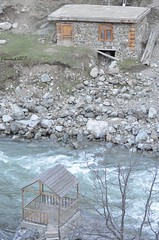 (A D R I F T) Tags: swat river swatriver valley mountains kpk pakistan osho oshu kal kalam