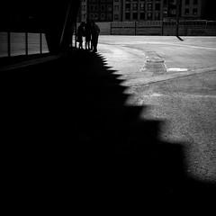 conversation (bemberes) Tags: bw urban bilbao epl3