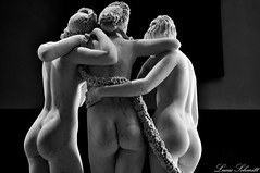(Lucas Schmitt) Tags: photo photographie art nikon d5000 femme naked nu courbes black white
