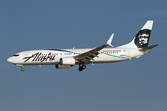 B737-8.N568AS (Airliners) Tags: alaska boeing dca 737 alaskaairlines boeing737 3815 b737ng b7378 specialcs n568as employeepowered