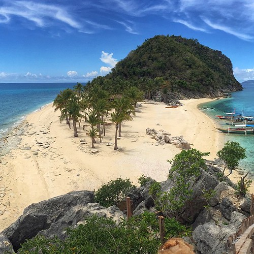 A beautiful day with a breathtaking view at Cabugao Gamay, Islas de Gigantes  #igerscebupro #photooftheday #iphone6 #iphoneography #picoftheday #iphoneonly #iloilo #Philippines #itsmorefuninthephilippines #travelphotography #islasdegigantes #takemethere