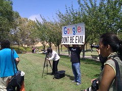 moveon.org protest (Photographing Travis) Tags: year2010 google googleplex protest moveonorg internet southbay sanjose 2010