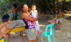 20150309_008 (Subic) Tags: people children philippines hash