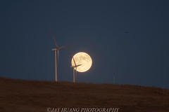 Full Moonrise at Windtube (Jaykhuang) Tags: california sunset windmill fullmoon hills moonrise eastbay livermore windtube july192016