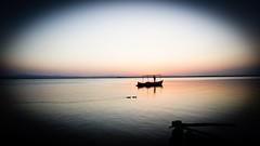Albufera de Valencia VI - Time to dream (Quique CV) Tags: albuferadevalencia albufera lago atardecer verano valencia barca lake summer sail sunset landscape paisaje ilce5100 sony