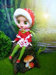 Toad Stool comes with me to BCEU (FA) (ELFicious) Tags: ooak custom blythe doll elficious toadstool mushroom