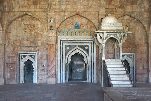 La salle de prière de la mosquée Jama Masjid (Mandu, Inde)