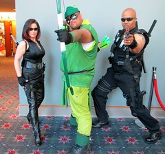 Green Arrow and Blade (MorpheusBlade) Tags: costume cosplay vampire superhero blade comicon wizardworld daywalker bladetheseries bladehouseofchthon wizardentertainment bladethevampireslayer bladethevampirekiller bladethevampirehunter wizardworldphiladelphia2015
